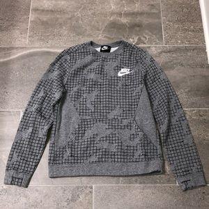 Boys Nike Crewneck, Size L